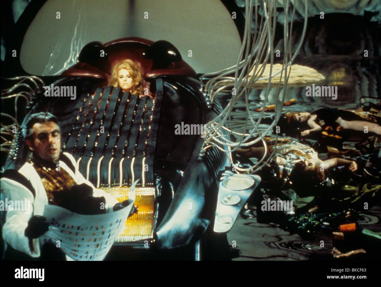 BARBARELLA (1967) MILO O'SHEA, DURAND DURAND, JANE FONDA, BARBARELLA BRB 004 - Stock Image