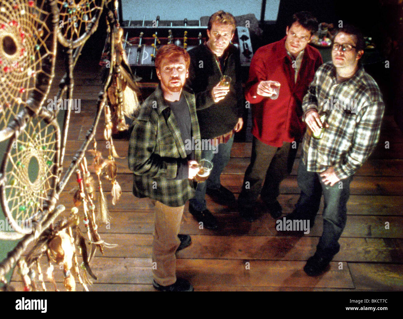 DREAMCATCHER (2003) DAMIAN LEWIS, THOMAS JANE, TIMOTHY OLYPHANT, JASON LEE DRCH 001-FCDC - Stock Image