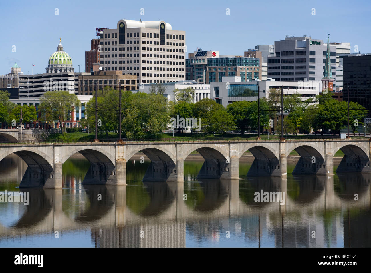 Skyline of Harrisburg, capital of Pennsylvania, on the Susquehanna River - Stock Image