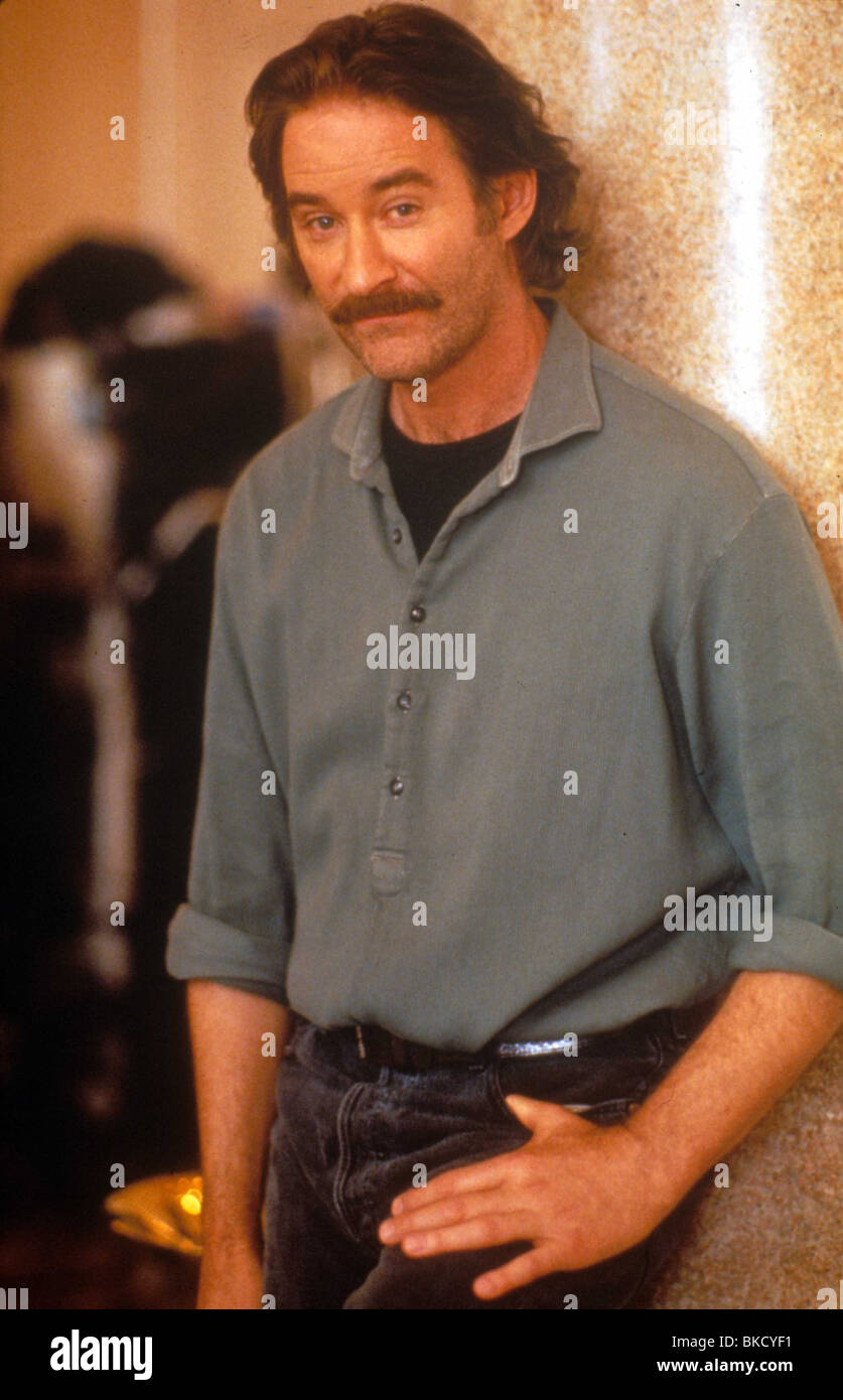 FRENCH KISS -1995 KEVIN KLINE - Stock Image