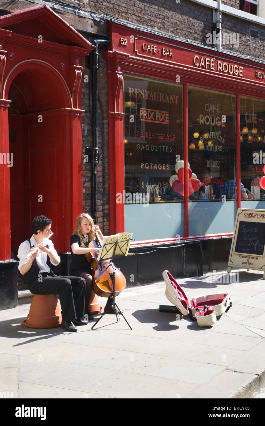 Buskers in Petergate York Yorkshire UK - Stock Image
