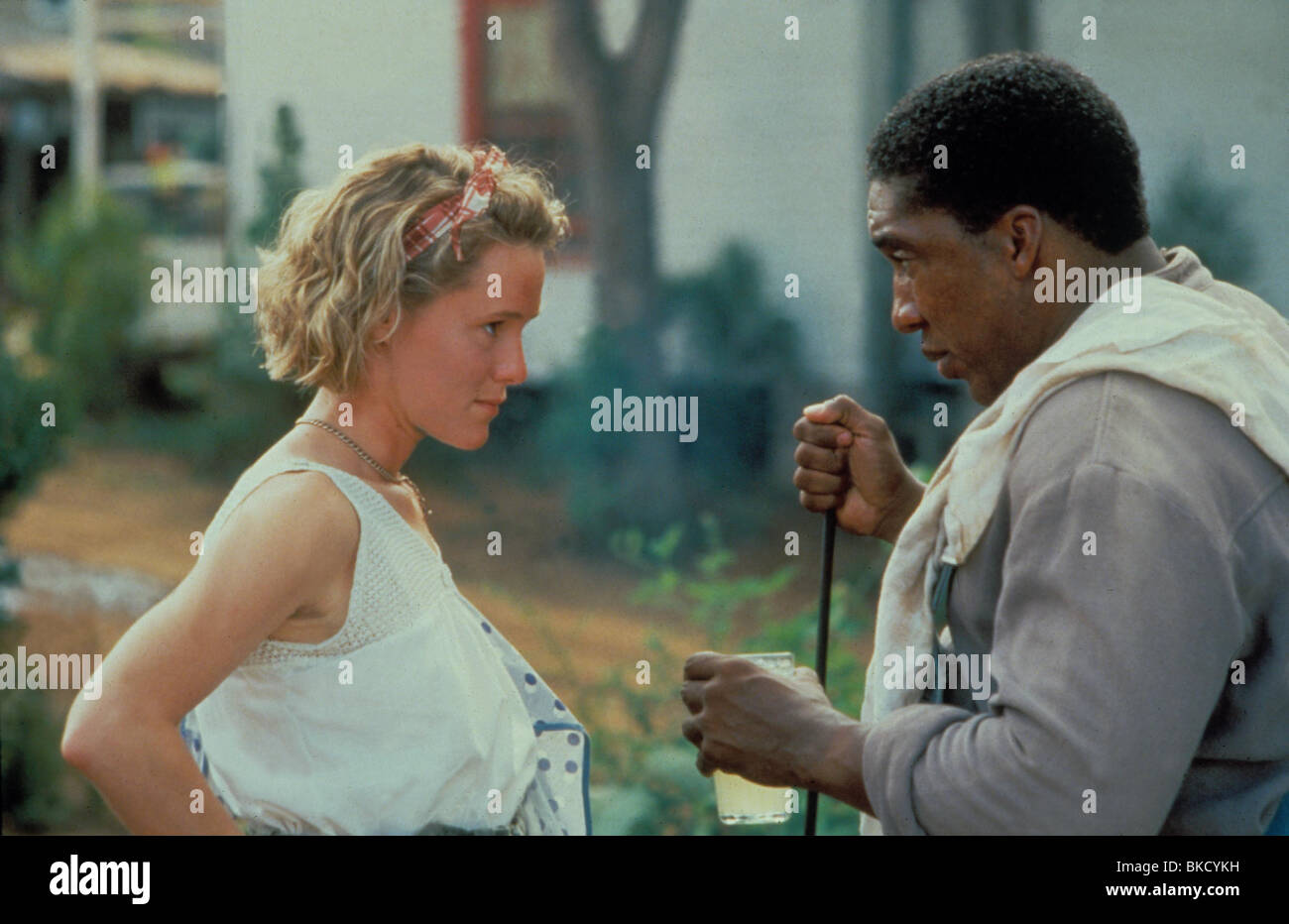 FRIED GREEN TOMATOES (1991) FRIED GREEN TOMATOES AT THE WHISTLE STOP CAFE (ALT) MARY STUART MASTERSON, STAN SHAW - Stock Image