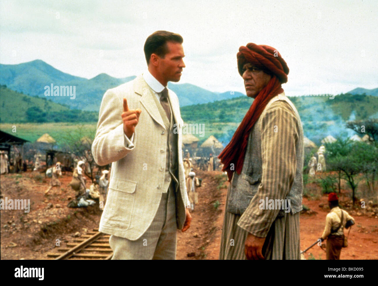 THE GHOST AND THE DARKNESS (1996) VAL KILMER, OM PURI GATD 031 - Stock Image