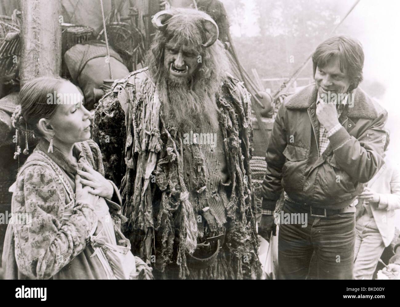 TERRY GILLIAM (DIR) O/S 'TIME BANDITS' (1981) KATHERINE HELMOND, PETER VAUGHAN TYGM 001P - Stock Image