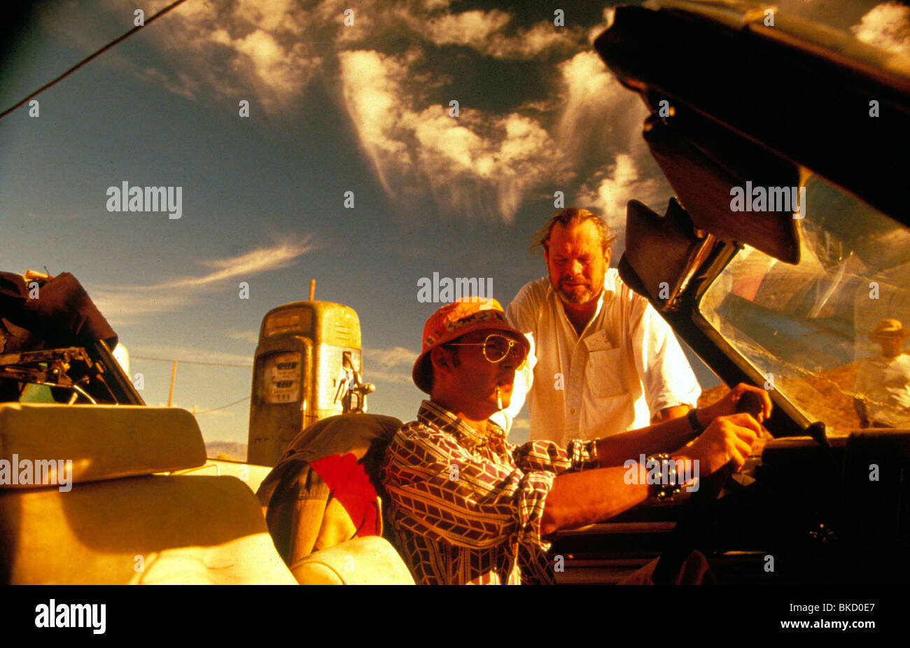 TERRY GILLIAM (DIR) O/S 'FEAR AND LOATHING IN LAS VEGAS' (1998) JOHNNY DEPP TYGM 013 - Stock Image