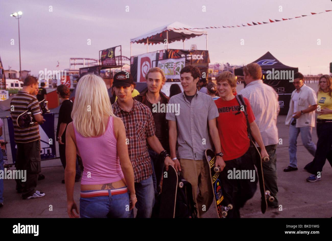 GRIND (2003) VINCE VIELUF, JOEY KERN, ADAM BRODY, MIKE VOGEL GRIN 001-2193 - Stock Image