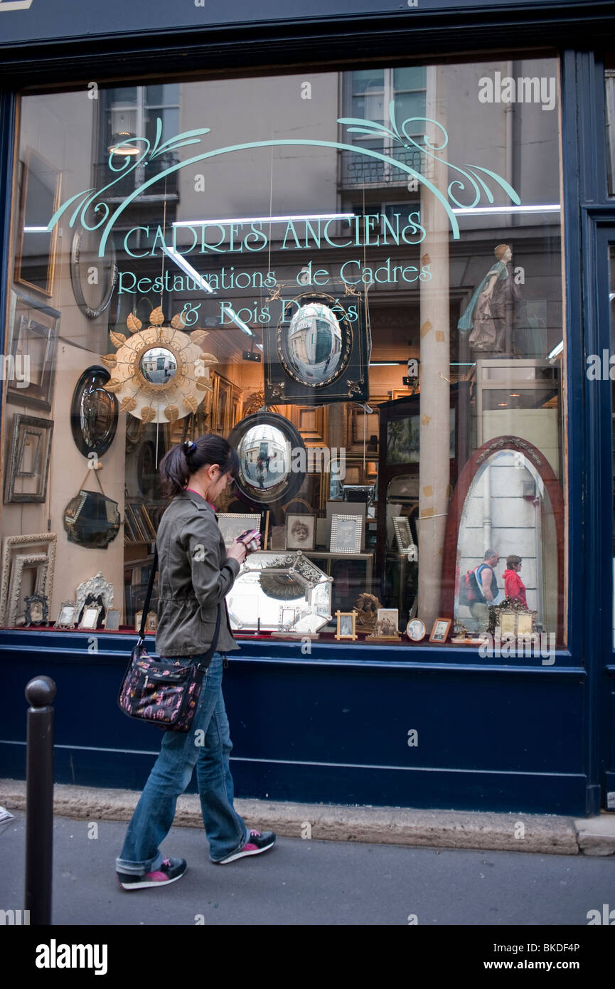 Picture Framing Store In Latin Quarter, \
