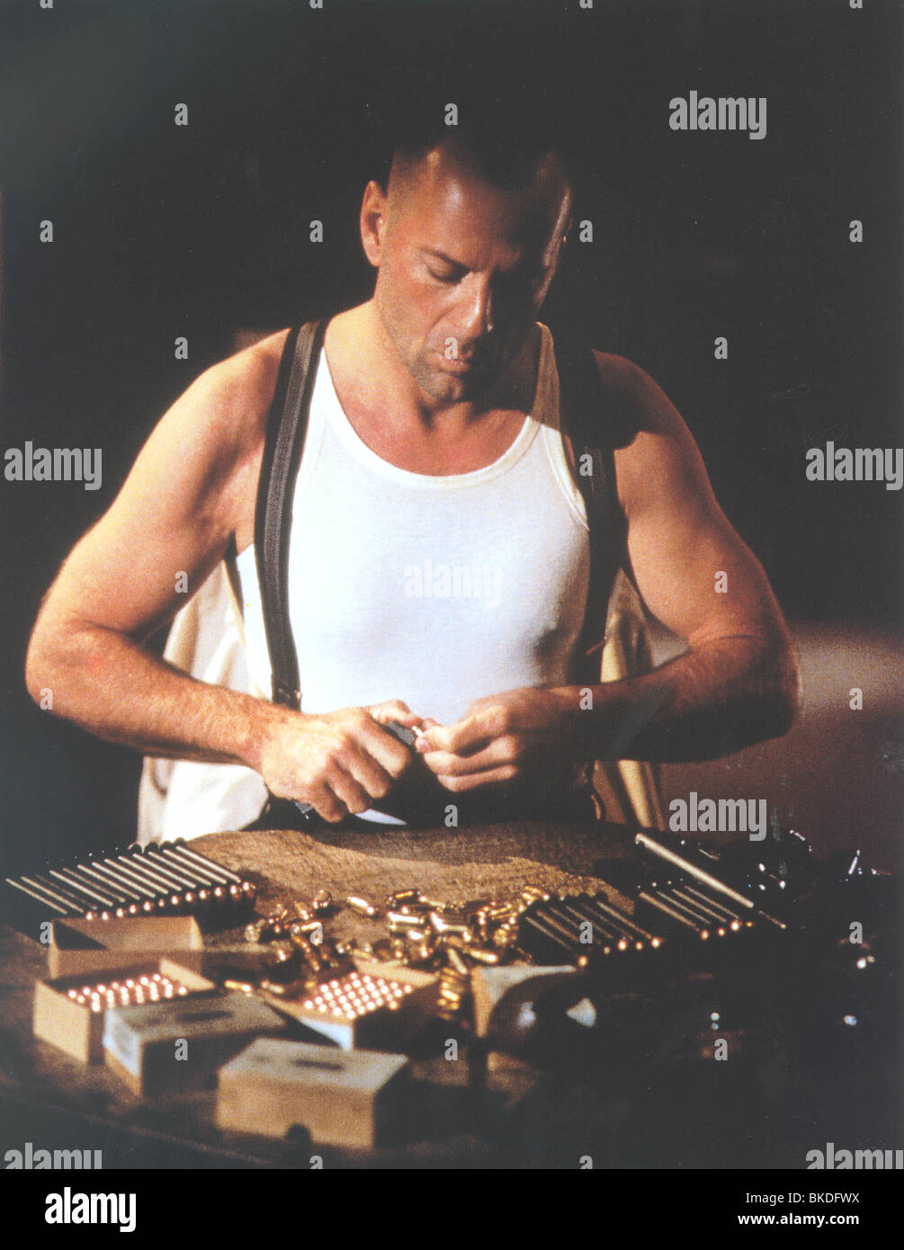 LAST MAN STANDING (1996) BRUCE WILLIS LAMA 004CP - Stock Image