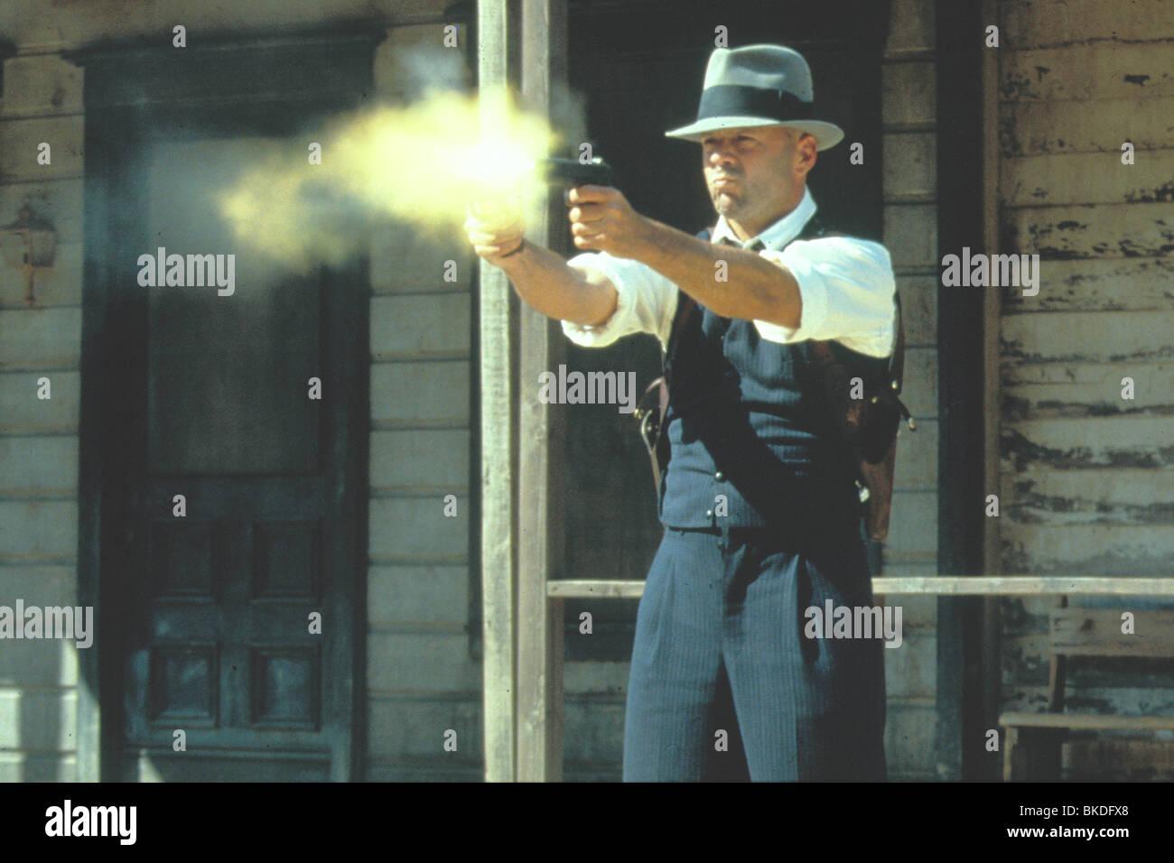 LAST MAN STANDING (1996) BRUCE WILLIS LAMA 010 - Stock Image