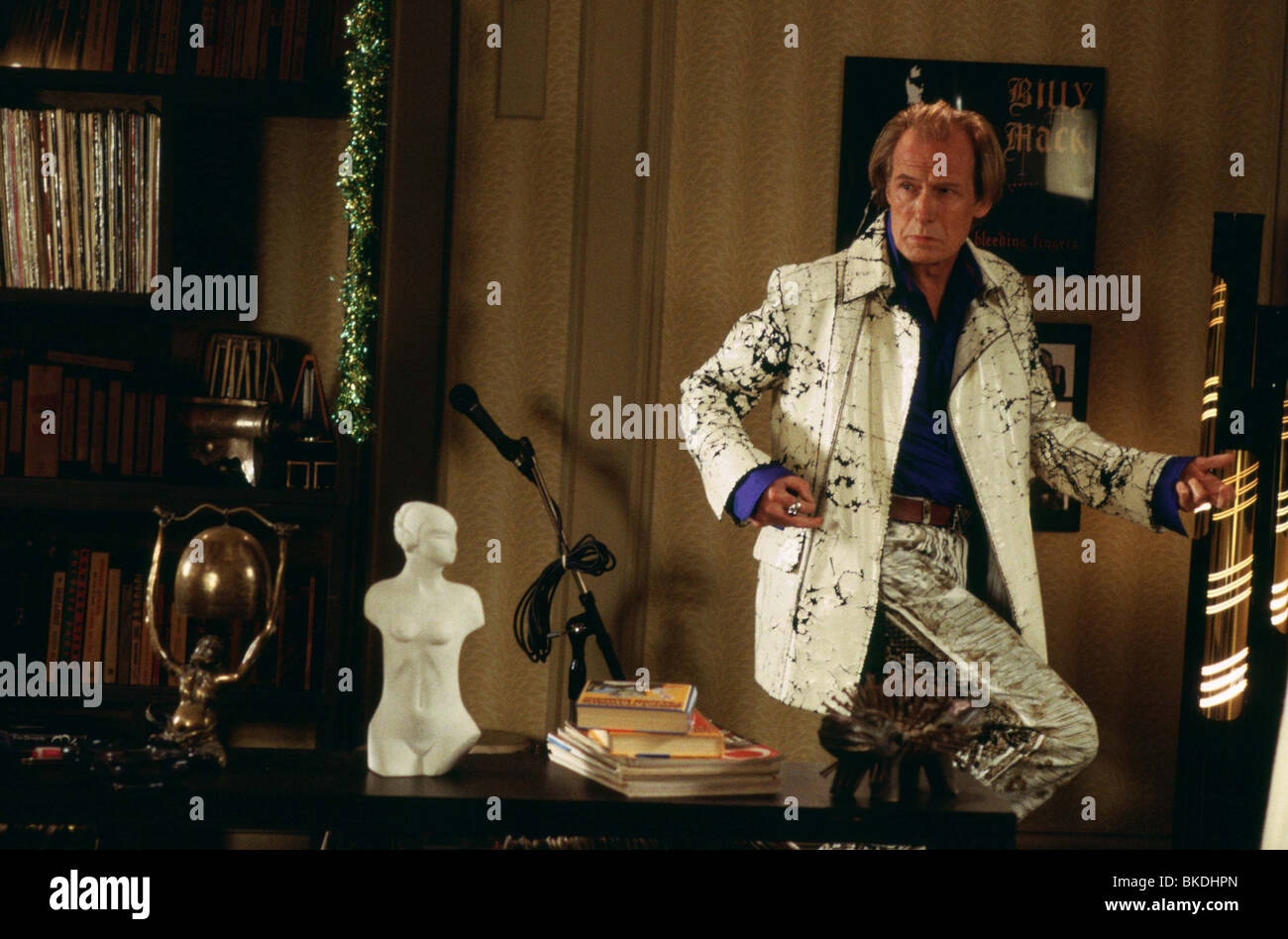 LOVE ACTUALLY (2003) BILL NIGHY LACT 001-5094 - Stock Image