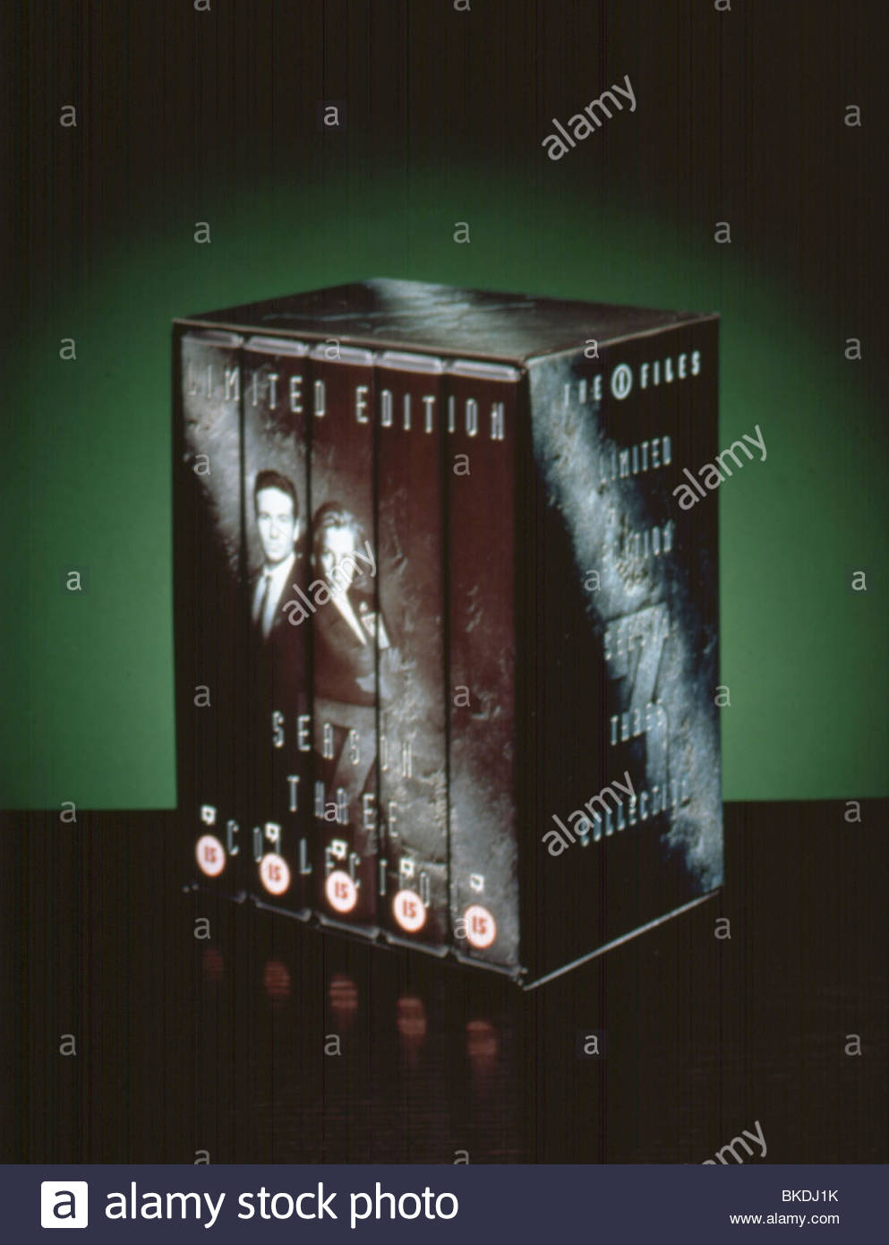 THE X-FILES (TV) MERCHANDISE BOX SET MERH 021 - Stock Image