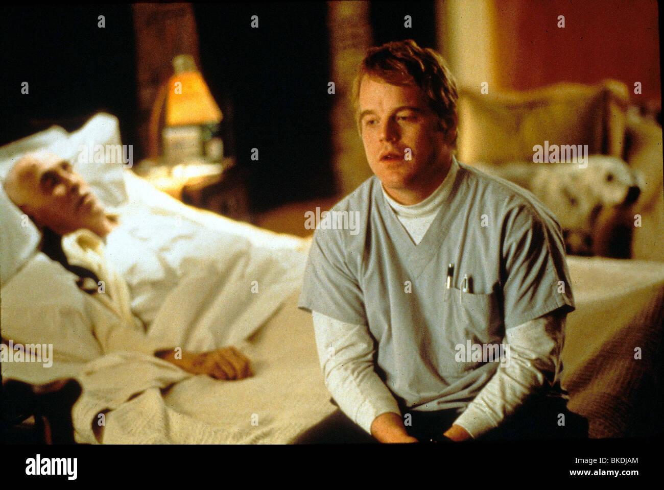 MAGNOLIA (2000) JASON ROBARDS, PHILLIP SEYMOUR HOFFMAN OLIA 130 - Stock Image