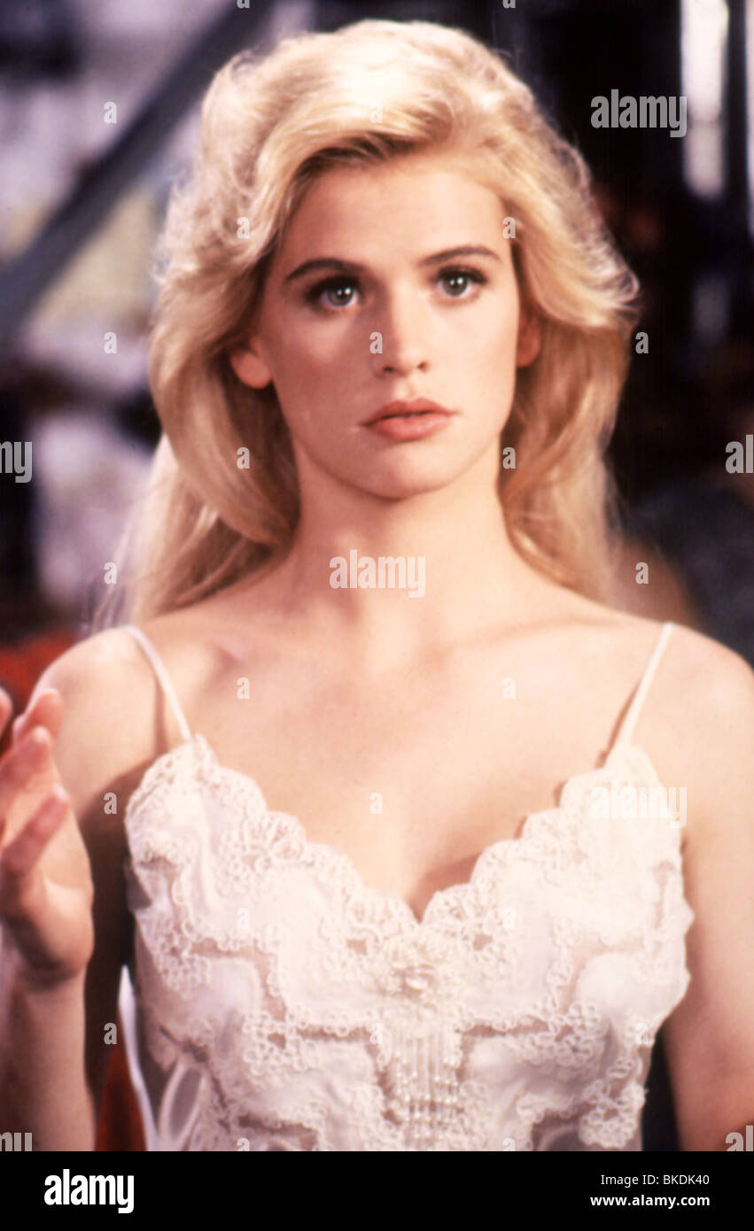 MANNEQUIN: ON THE MOVE (1991) MANNEQUIN 2 (ALT) KRISTY SWANSON MAN2 033 - Stock Image