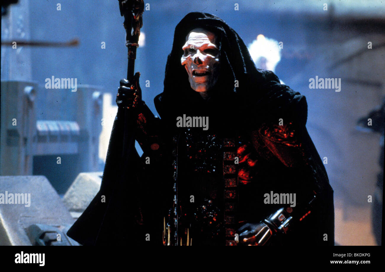 MASTERS OF THE UNIVERSE (1987) FRANK LANGELLA MOU 034 - Stock Image