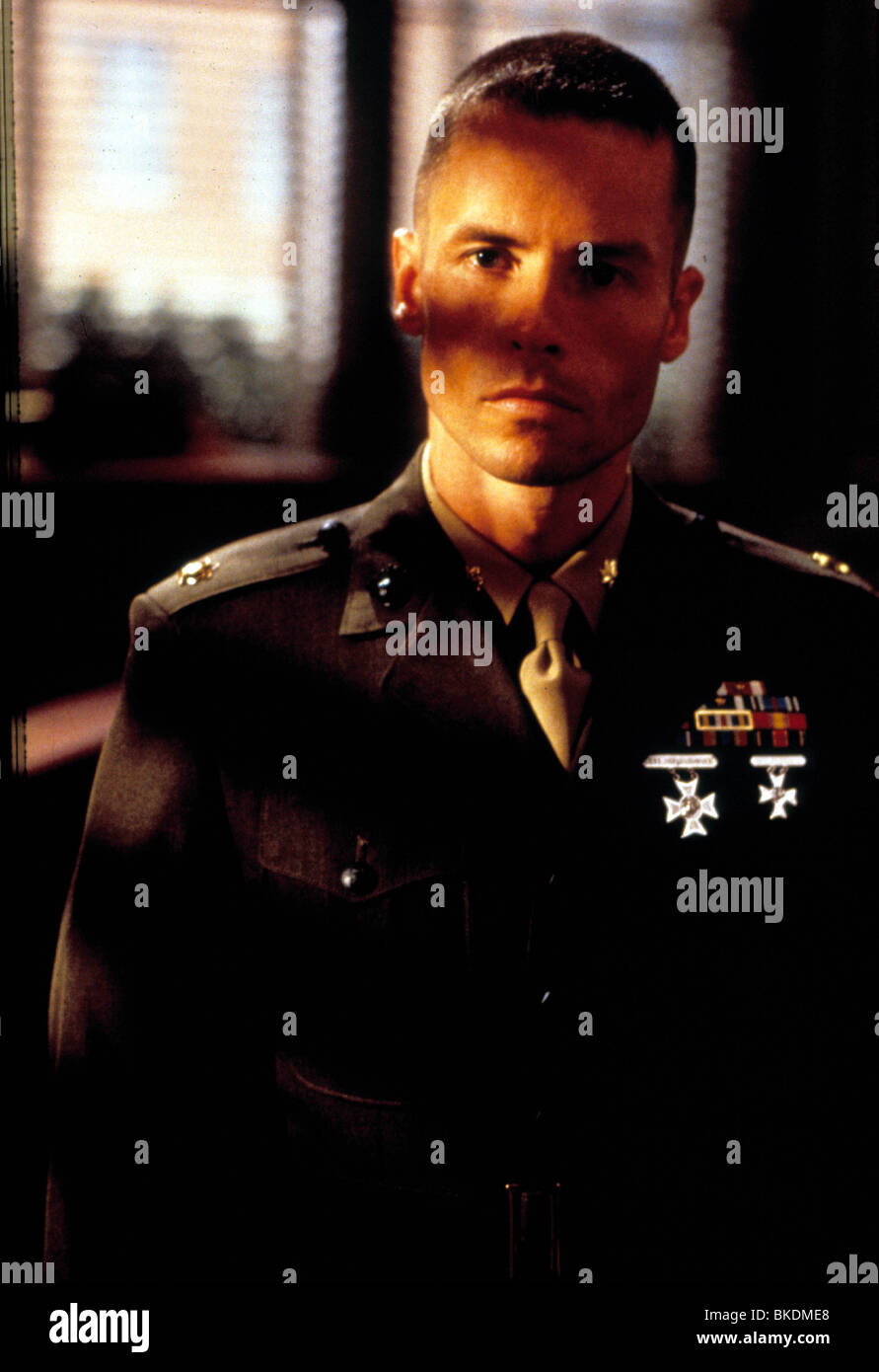 RULES OF ENGAGEMENT (2000) GUY PEARCE RULE 100 - Stock Image