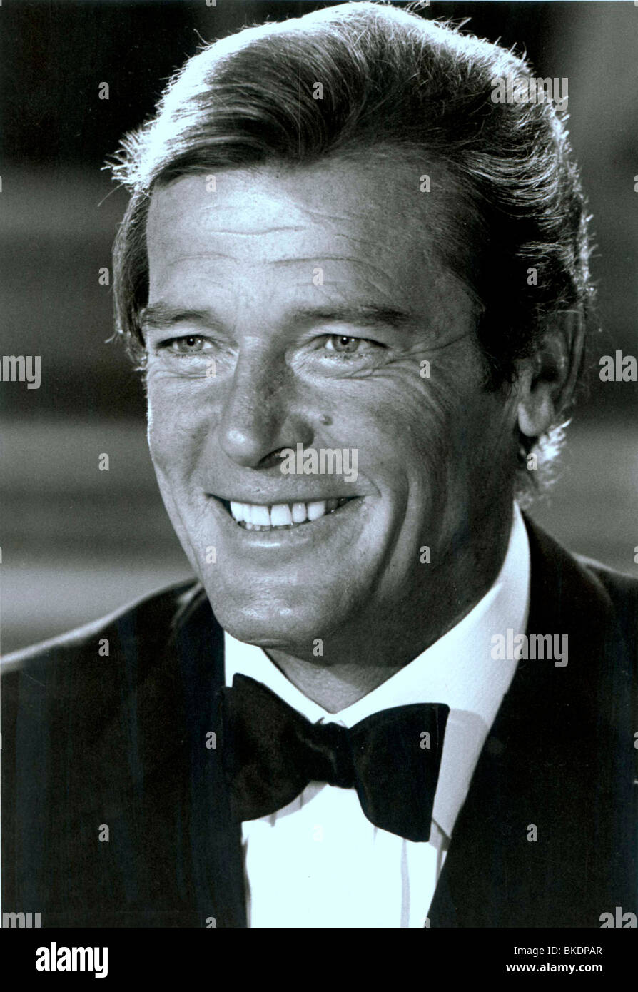 ROGER MOORE PORTRAIT - Stock Image