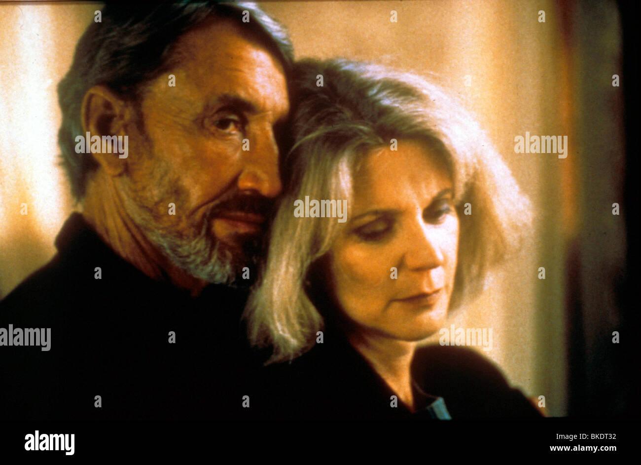 MYTH OF FINGERPRINTS (1997) BACK HOME (ALT) ROY SCHEIDER,BLYTHE DANNER MYFN 062 - Stock Image