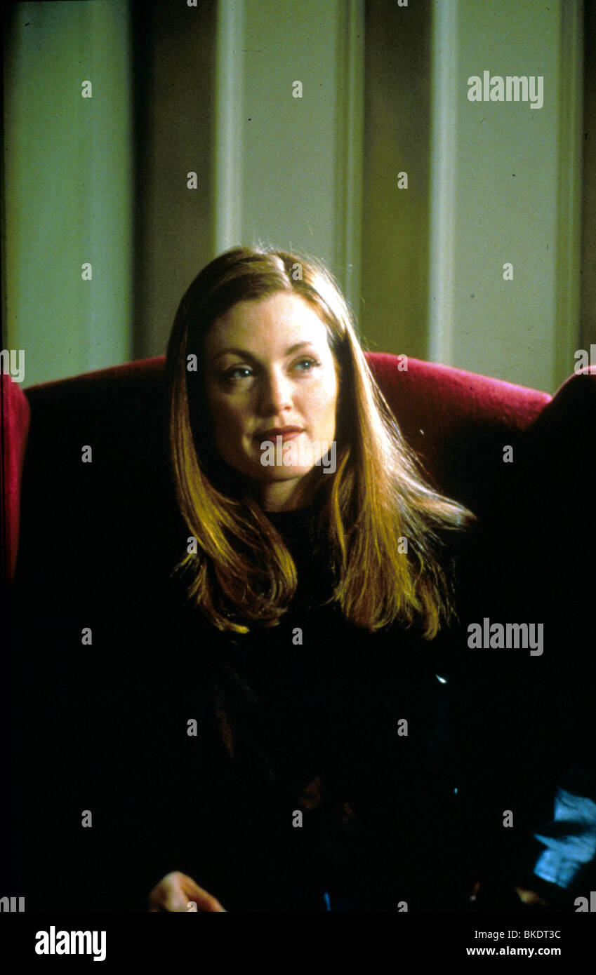 MYTH OF FINGERPRINTS (1997) BACK HOME (ALT) JULIANNE MOORE MYFN 009 - Stock Image