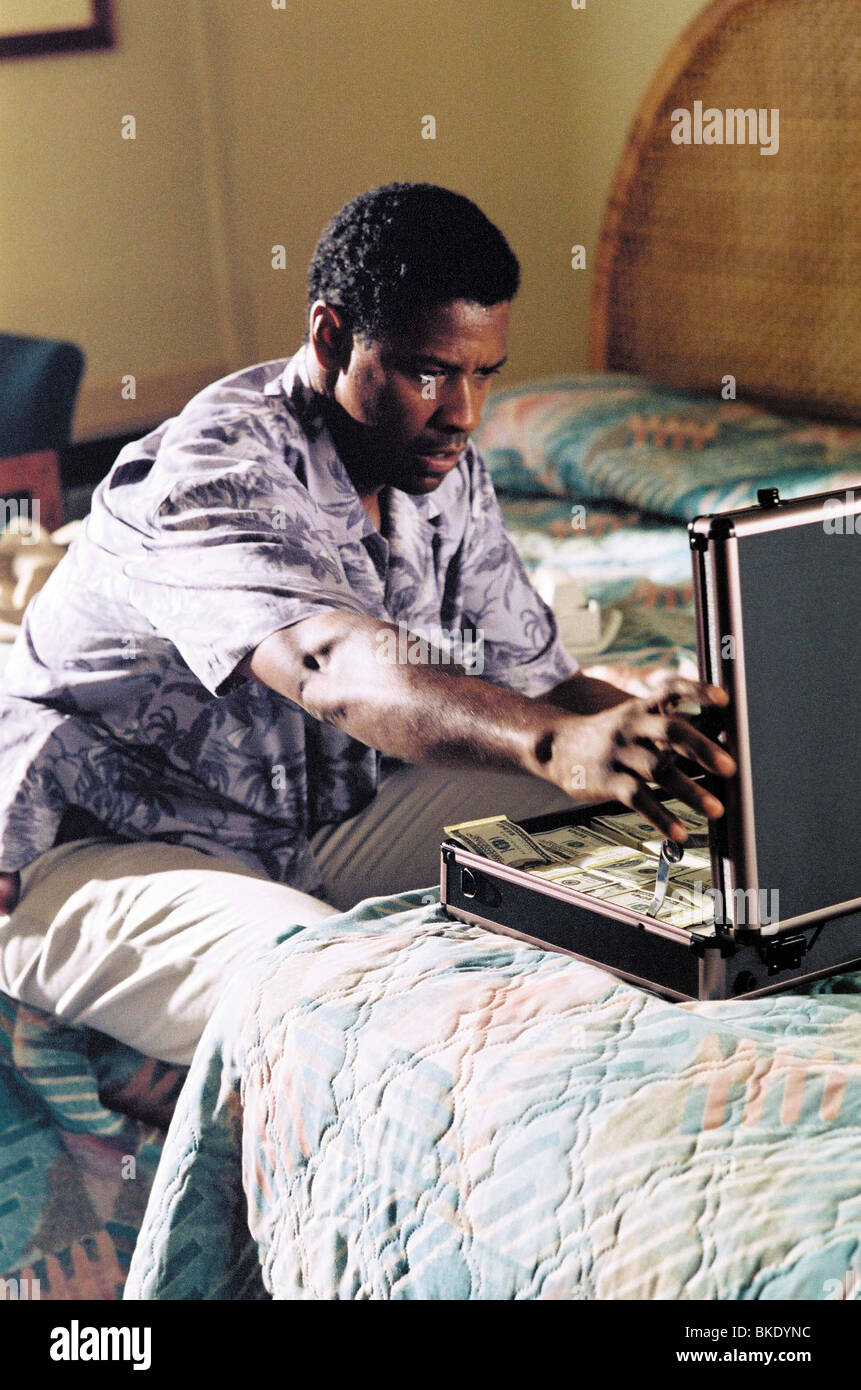 OUT OF TIME (2003) DENZEL WASHINGTON OUTI 001-42 - Stock Image