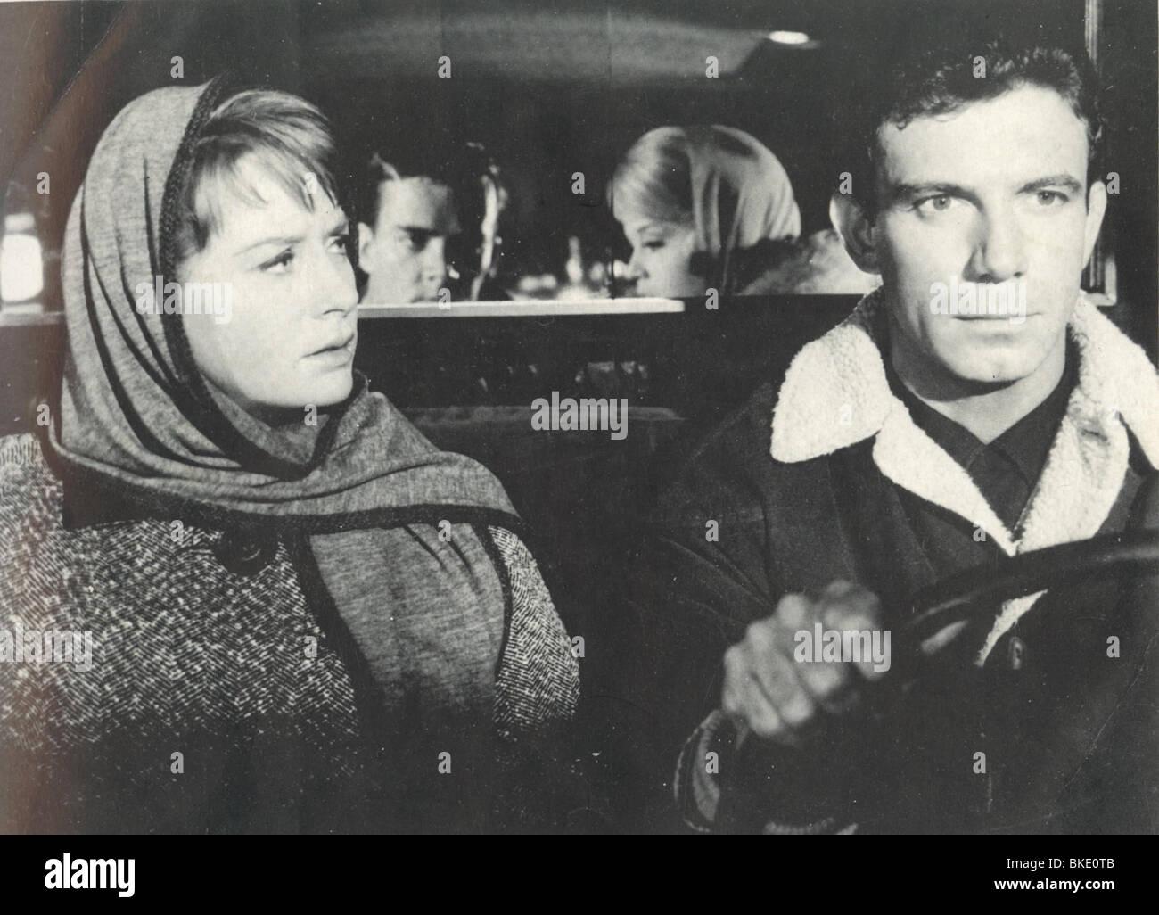 PERIOD OF ADJUSTMENT (1962) LOIS NETTLETON, TONY FRANCIOSA POFA 003FOH - Stock Image