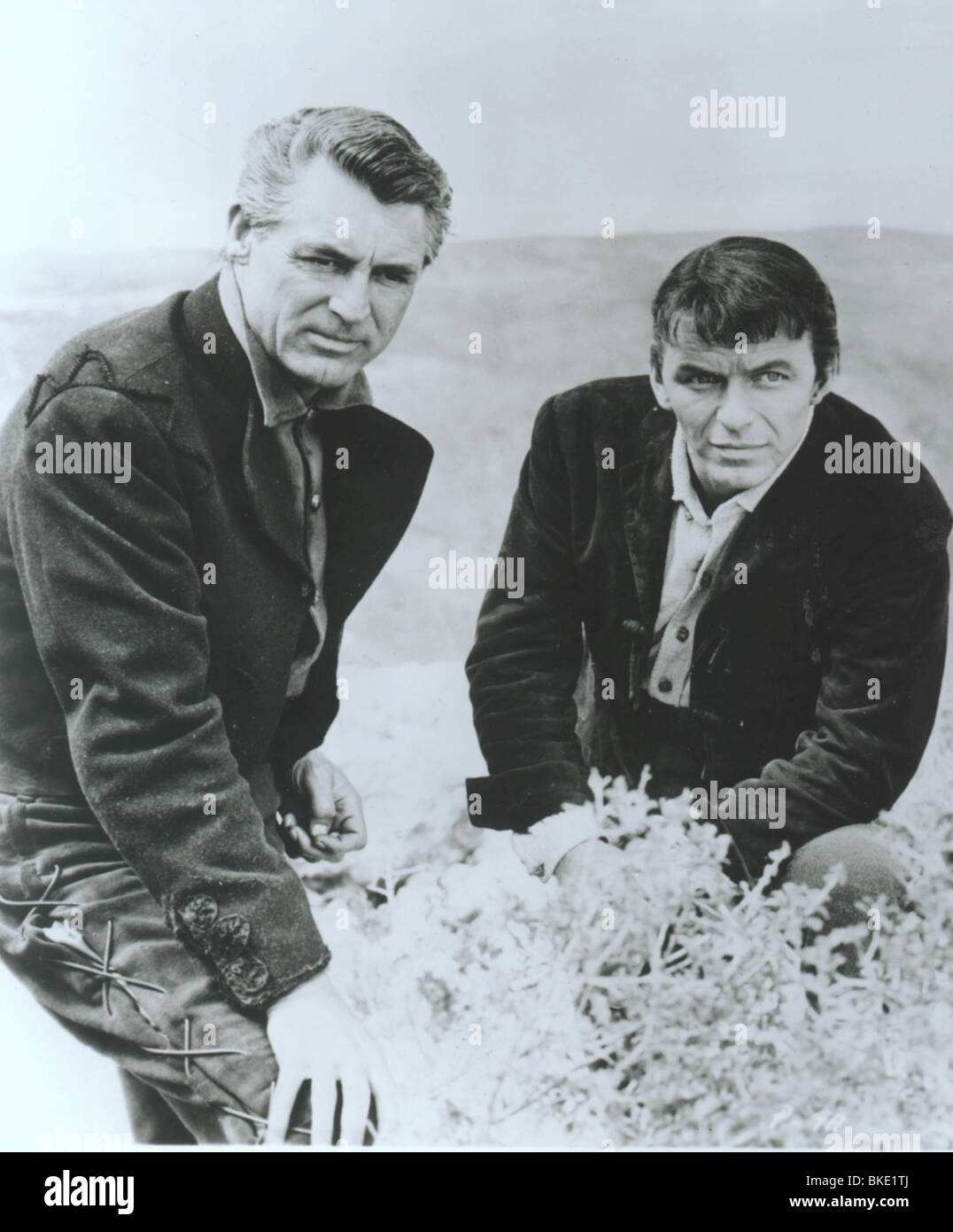 THE PRIDE AND THE PASSION (1957) CARY GRANT, FRANK SINATRA PRPS 007P - Stock Image