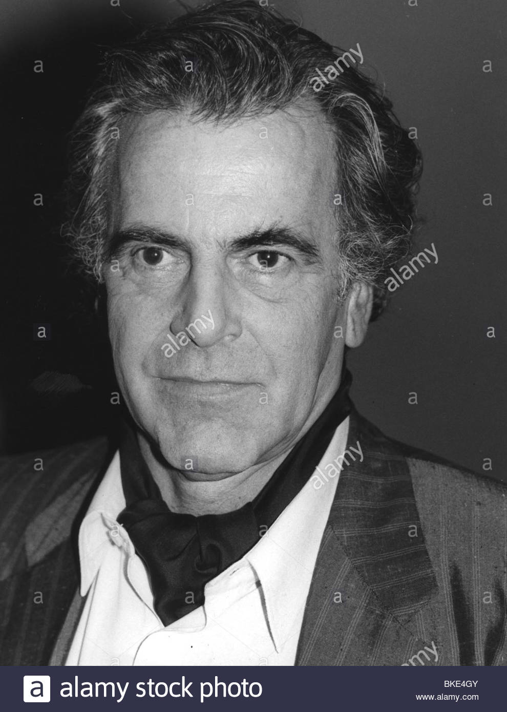 Schell, Maximilian, * 8.12.1930, German actor, portrait, at a press conference, 1980s, neckerchief, neck scarf, - Stock Image