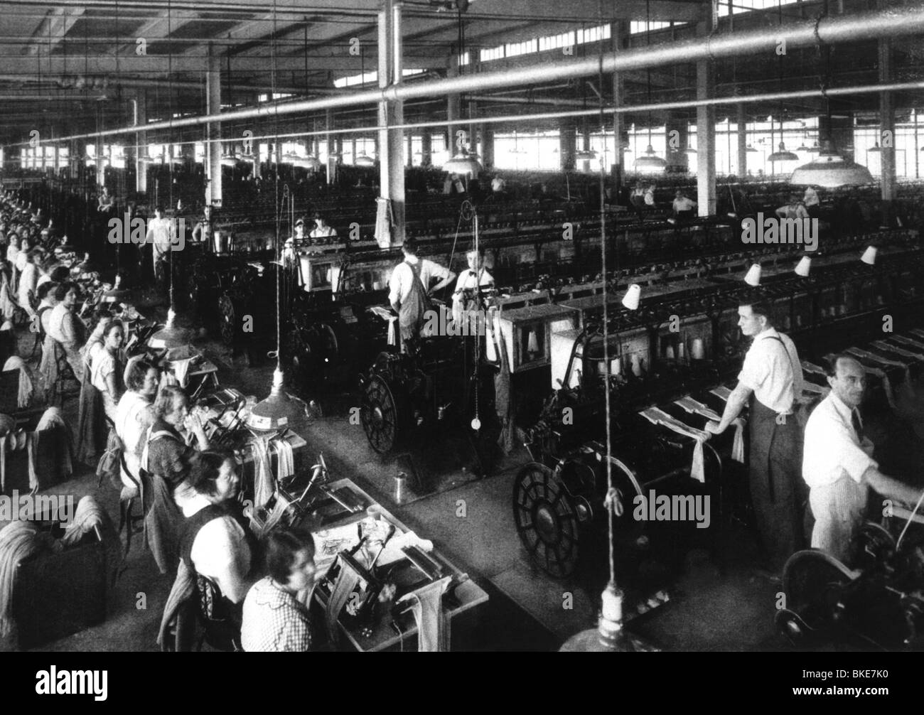 industry, textile industry, weaving mill, circa 1900, Additional-Rights-Clearances-NA - Stock Image