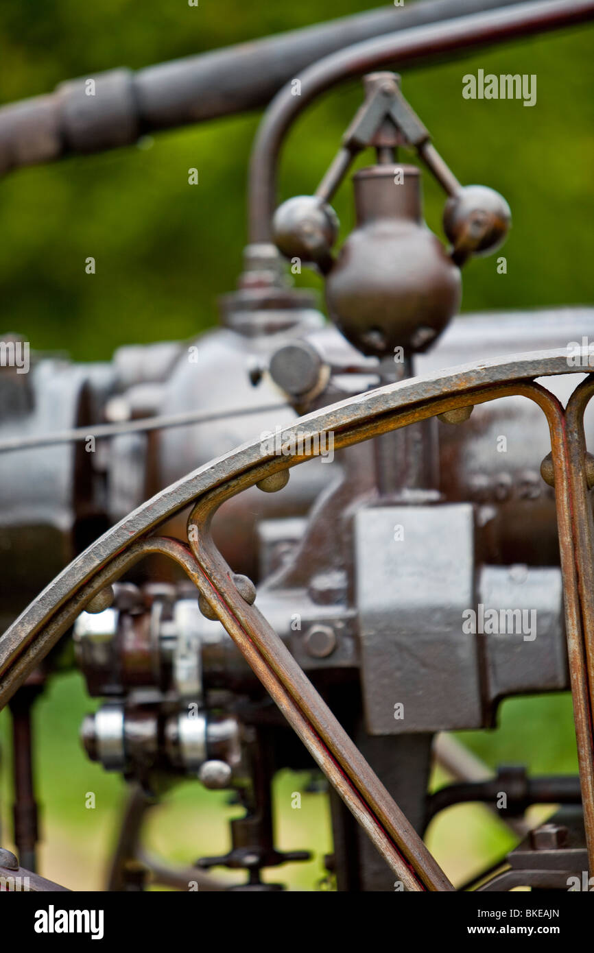 Fly wheel and speed regulator on a static steam engine - Stock Image