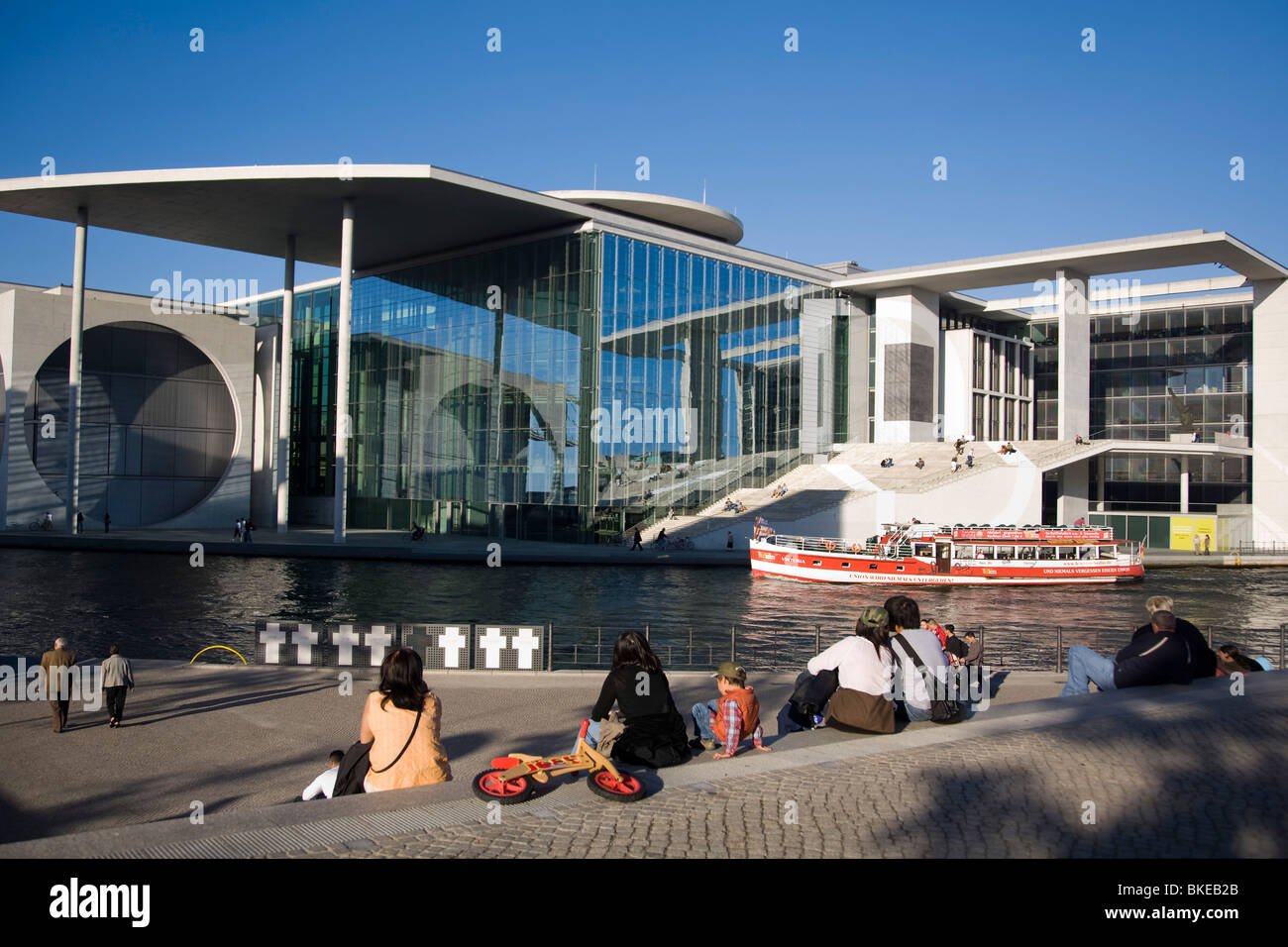Berlin, government district, Elisabeth Lueders building , Spree, tour boat, people, Stock Photo