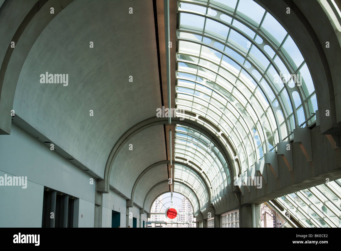 Delightful Curved Glass Ceiling Over Hallway In San Diego Convention Center   Stock  Image