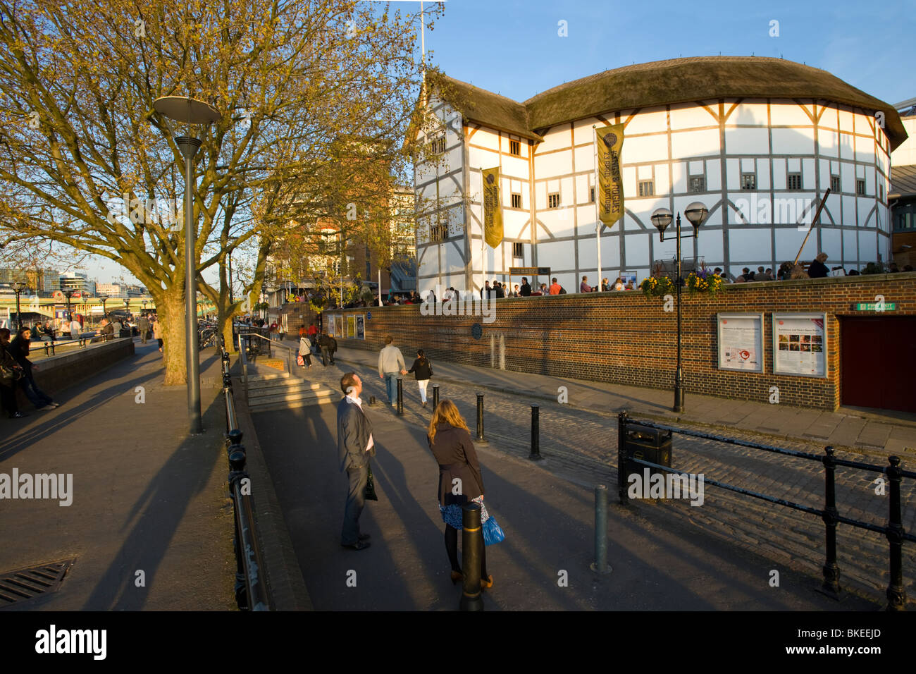 The Globe Theatre. On the banks of the River Thames, London, England, UK. - Stock Image