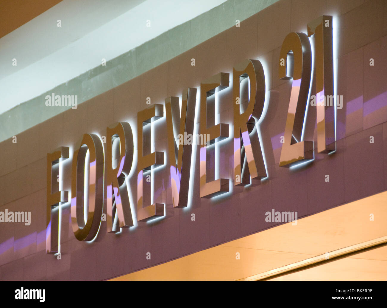 forever 21 stock photo 29214851 alamy