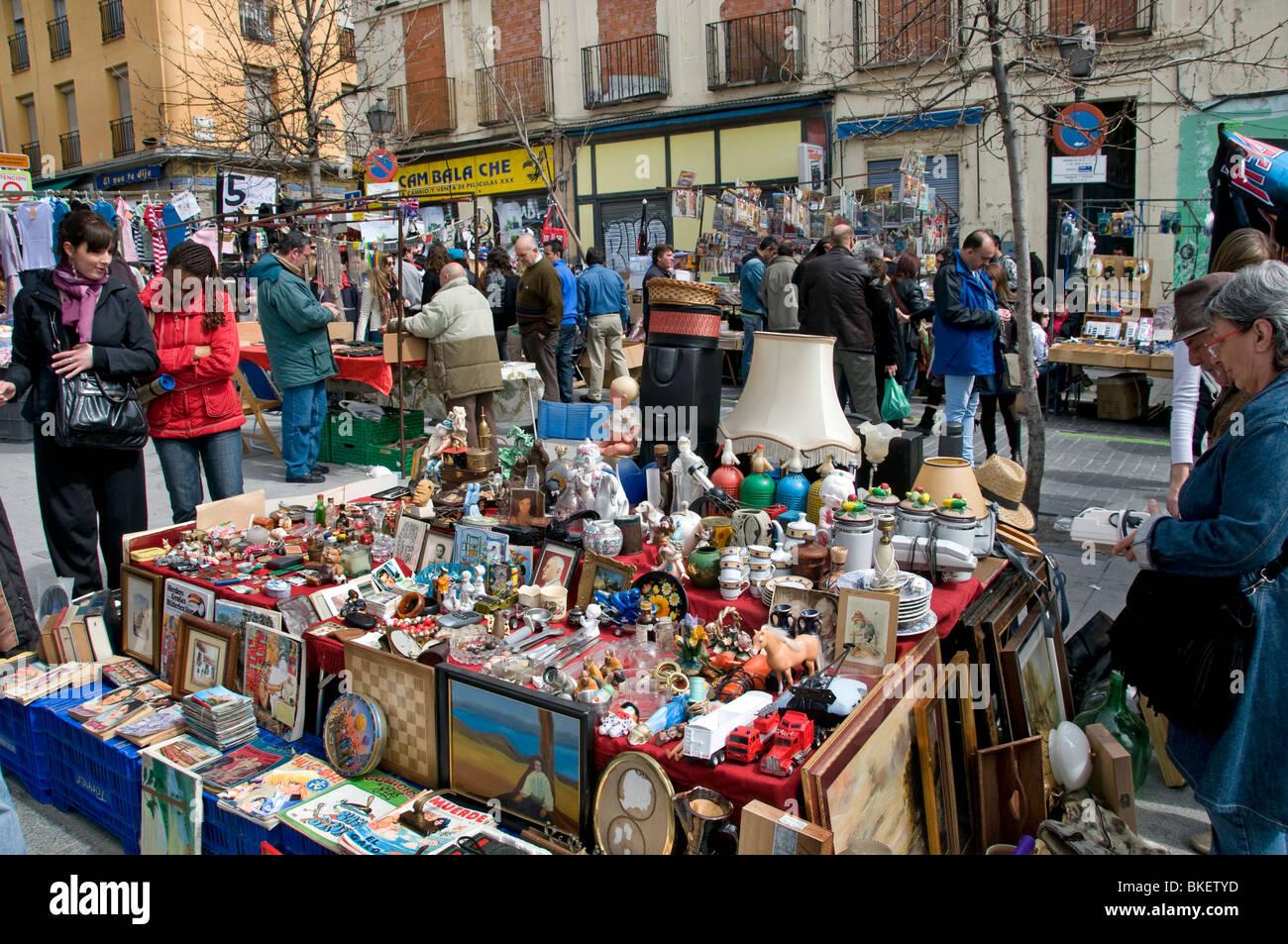 Madrid Spain El Rasto Flea market antique shop Calle ...