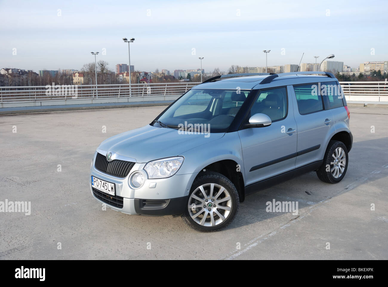 Skoda Yeti 2 0 Tdi 4x4 2009 Aqua Light Blue Metallic Five Doors Stock Photo Alamy