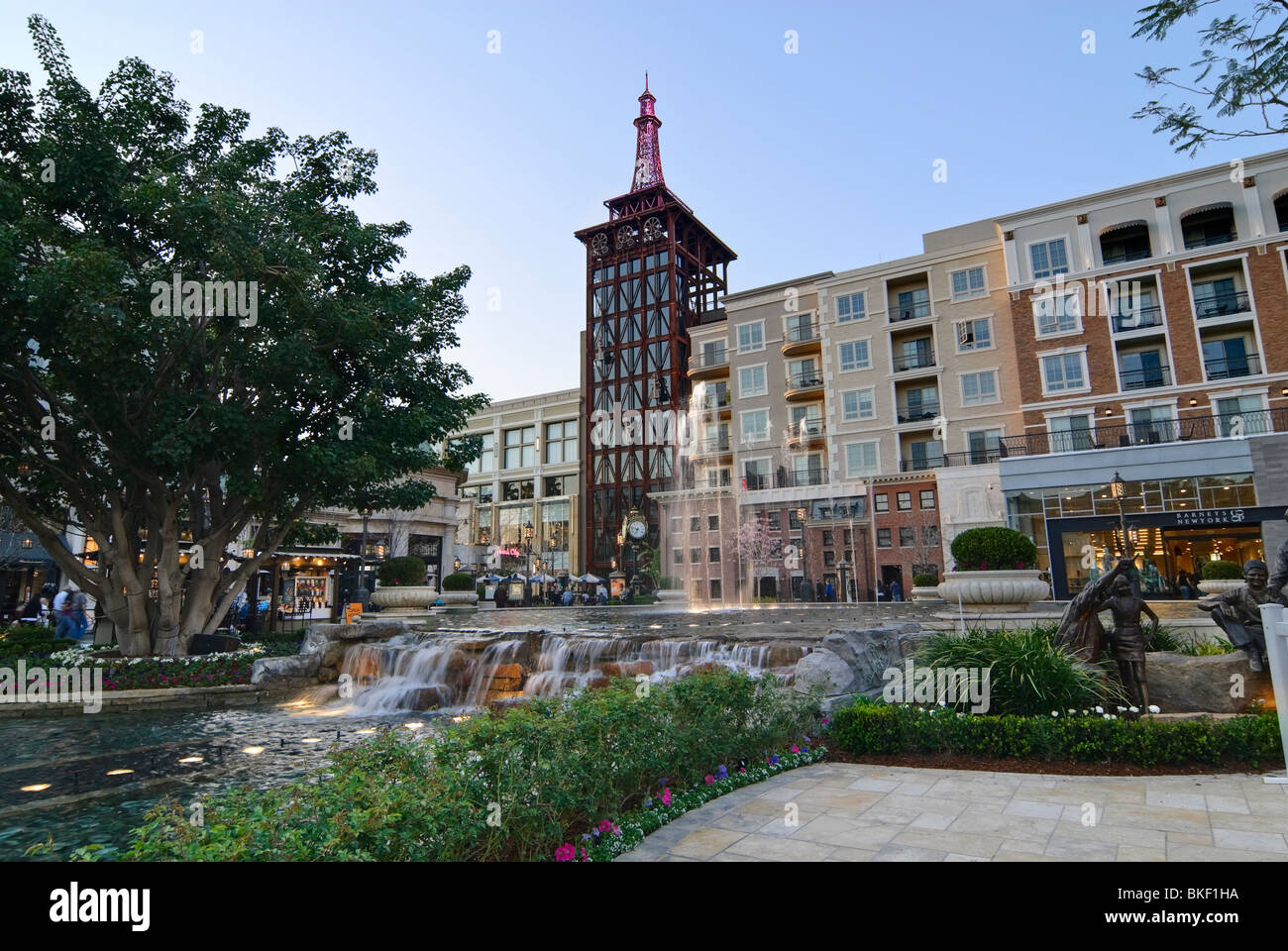 Americana At Brand >> The Americana At Brand Outdoor Shopping Mall In California Stock