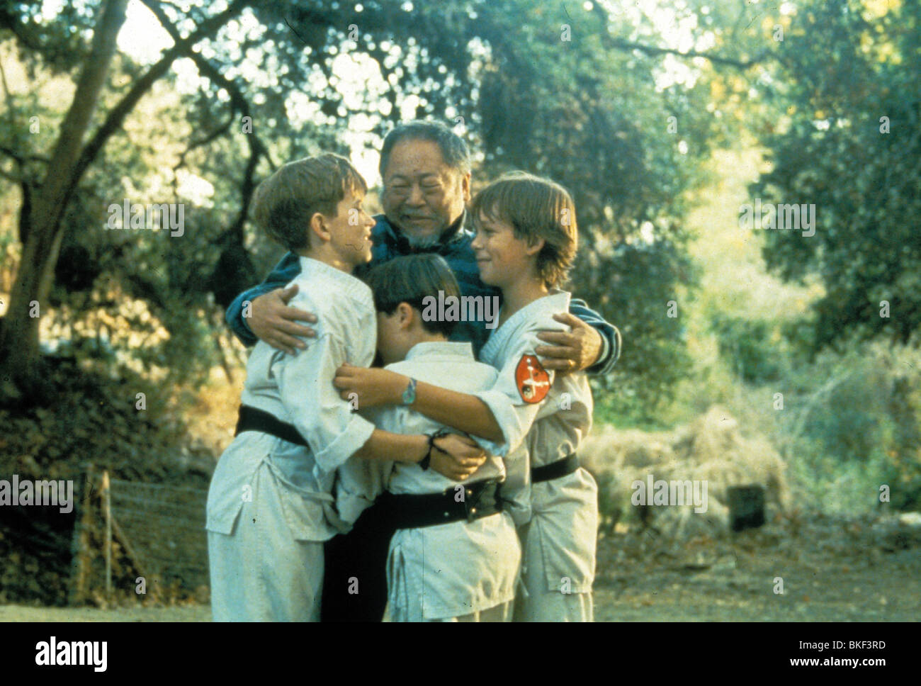 THREE NINJAS (1993) MICHAEL TREANOR, CHAD POWER, MAX ELLIOTT SLADE TNJA 005 - Stock Image