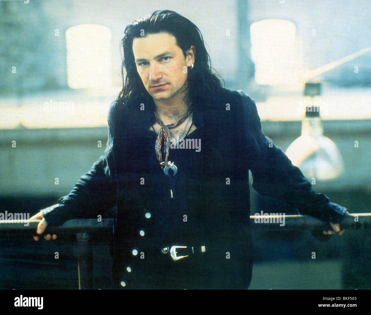 U2 : RATTLE AND HUM (1988) BONO U2R 002FOH - Stock Image