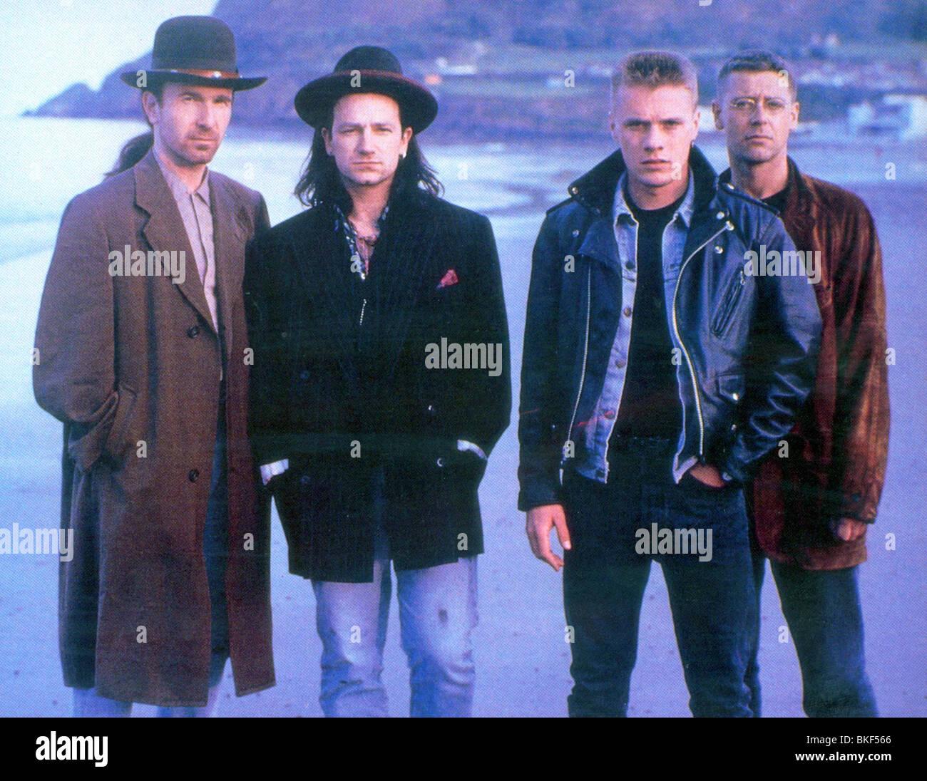U2 : RATTLE AND HUM (1988) THE EDGE, BONO, LARRY MULLEN JR, ADAM CLAYTON U2R 004FOH - Stock Image