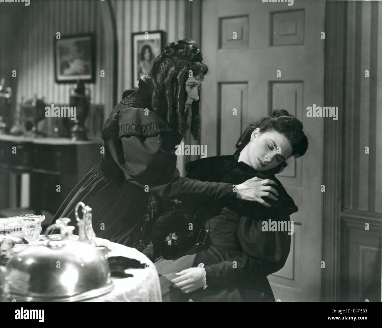 UNCLE SILAS -1947 JEAN SIMMONS - Stock Image