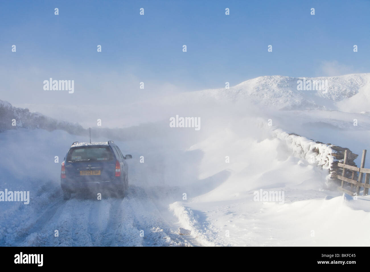 Wind Blown Snow Stock Photos & Wind Blown Snow Stock Images - Alamy