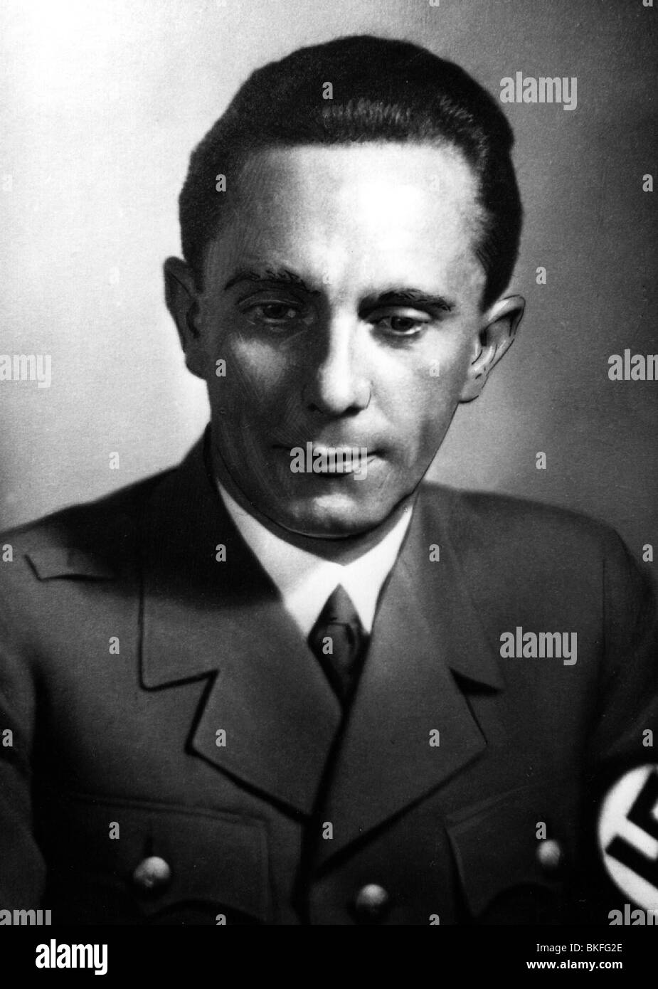 a biography of paul joseph goebbels the propaganda minister in nazi germany Name at birth: paul joseph goebbels joseph goebbels was nazi germany's  minister of propaganda and a member of adolf hitler's inner circle during world.