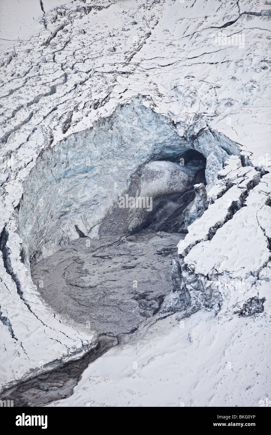 Gigjokull,-outlet glacier from Eyjafjallajokull.  Rushing water and flooding due to Eyjafjallajokull Volcano Eruption, - Stock Image