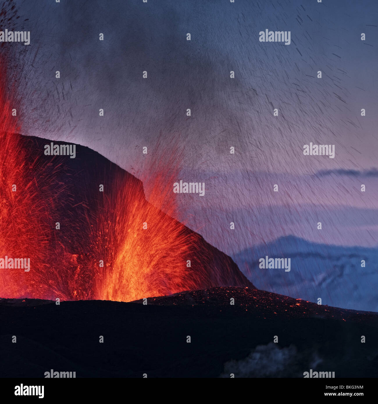 Lava fountains during volcano eruption at Fimmvorduhals, a ridge between Eyjafjallajokull glacier, and Myrdalsjokull, - Stock Image