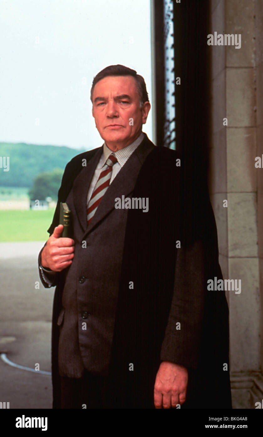 THE BROWNING VERSION (1993) ALBERT FINNEY BRWV 051 - Stock Image