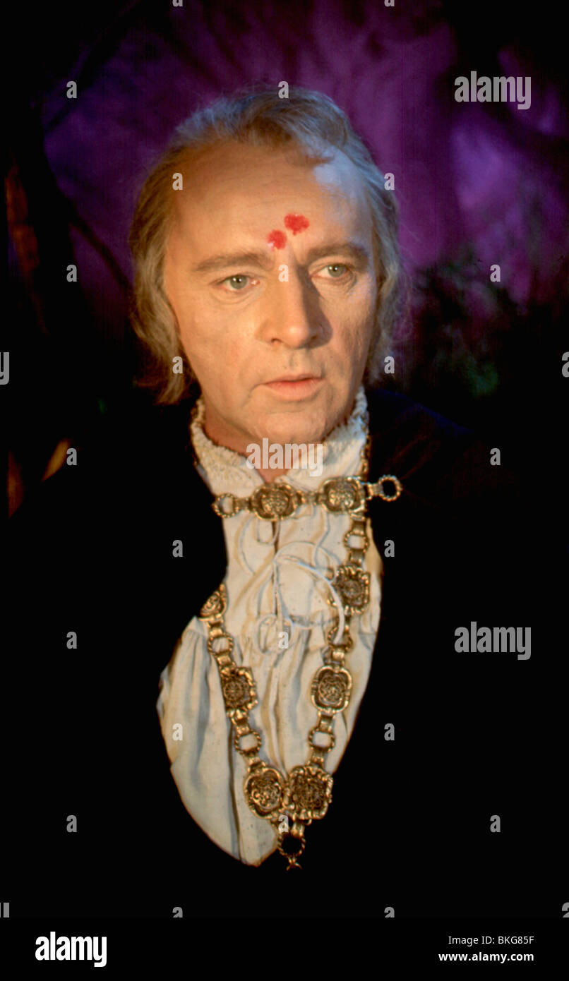 DOCTOR FAUSTUS (1967) RICHARD BURTON DFST 006 - Stock Image
