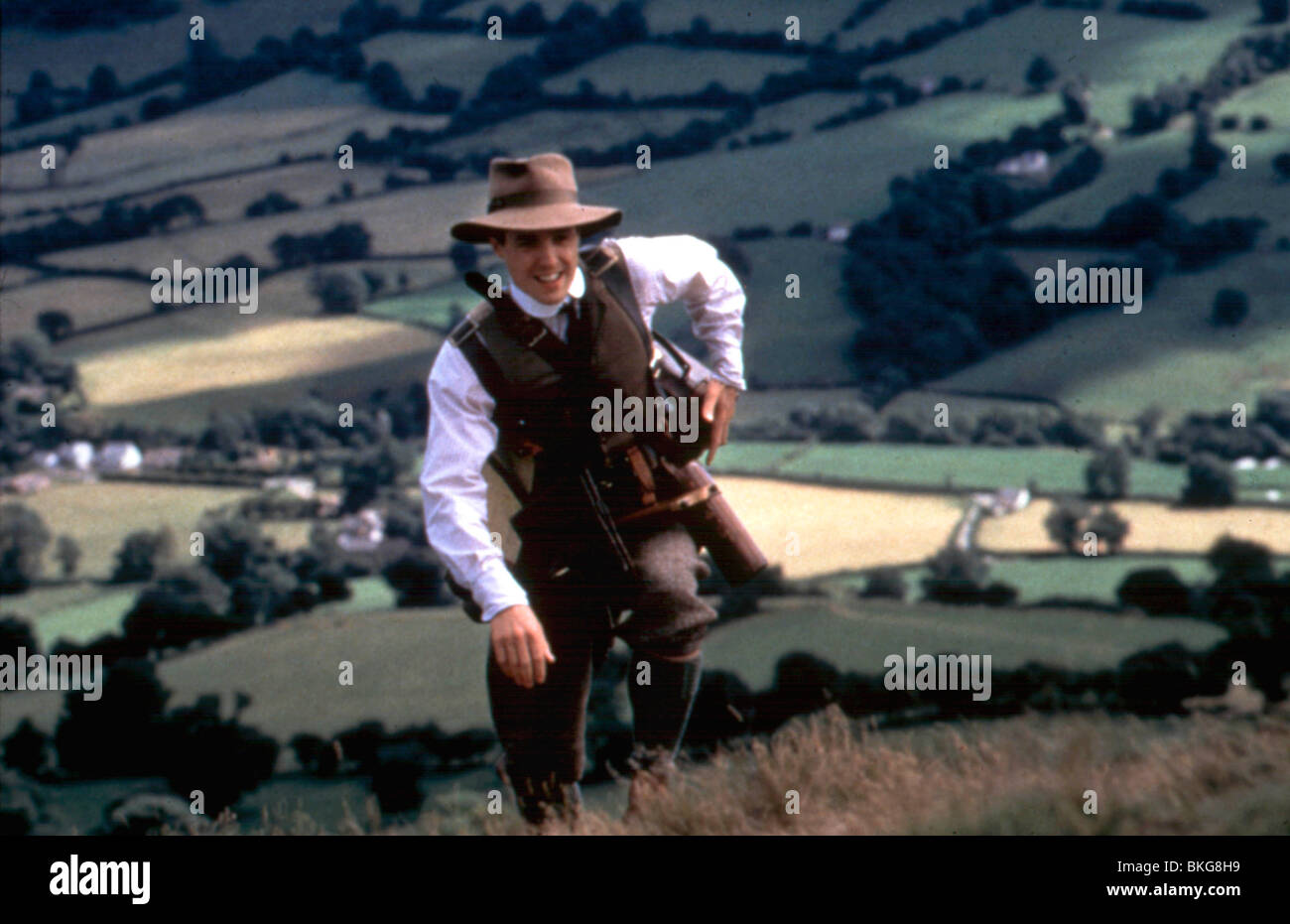 THE ENGLISHMAN WHO WENT UP A HILL BUT CAME DOWN A MOUNTAIN (1995) HUGH GRANT ENGL 001 - Stock Image