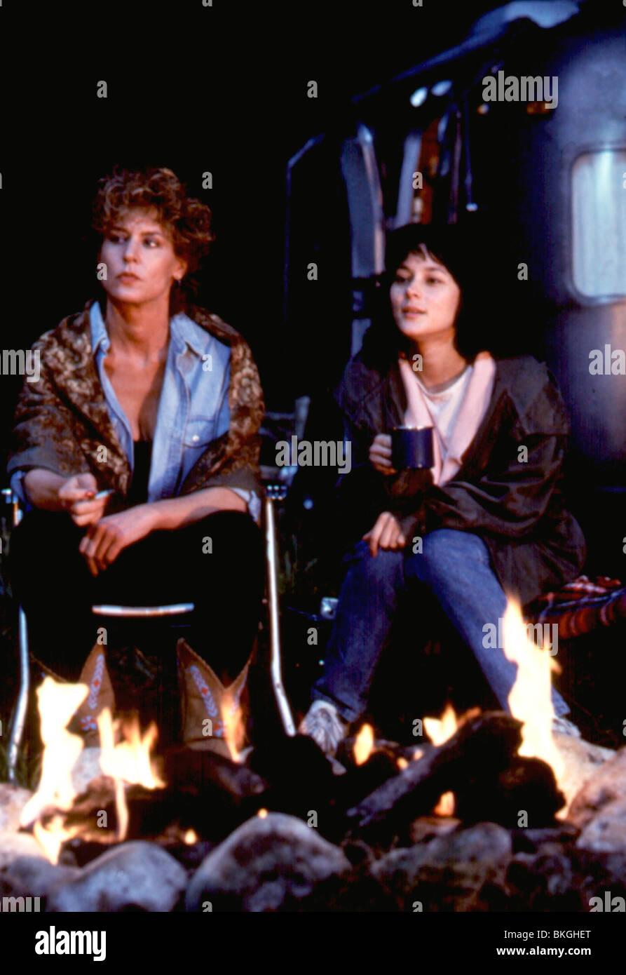 LEAVING NORMAL (1992) CHRISTINE LAHTI, MEG TILLY LNO 005 - Stock Image