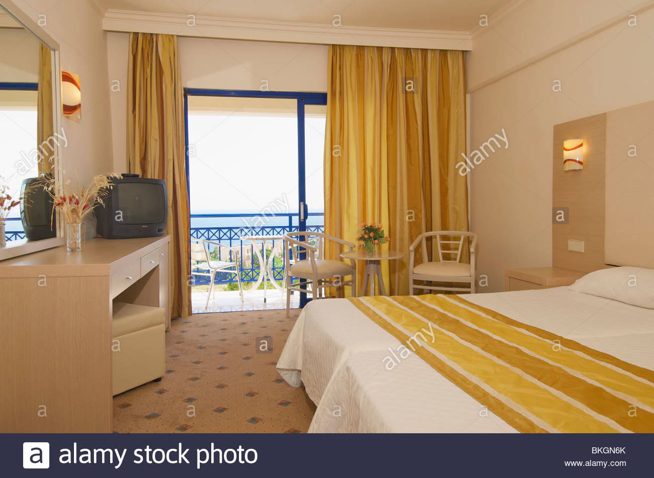 Kresten Palace 4 (Greece. RhodesKalithea): photos, room description, features of the service and reviews 85