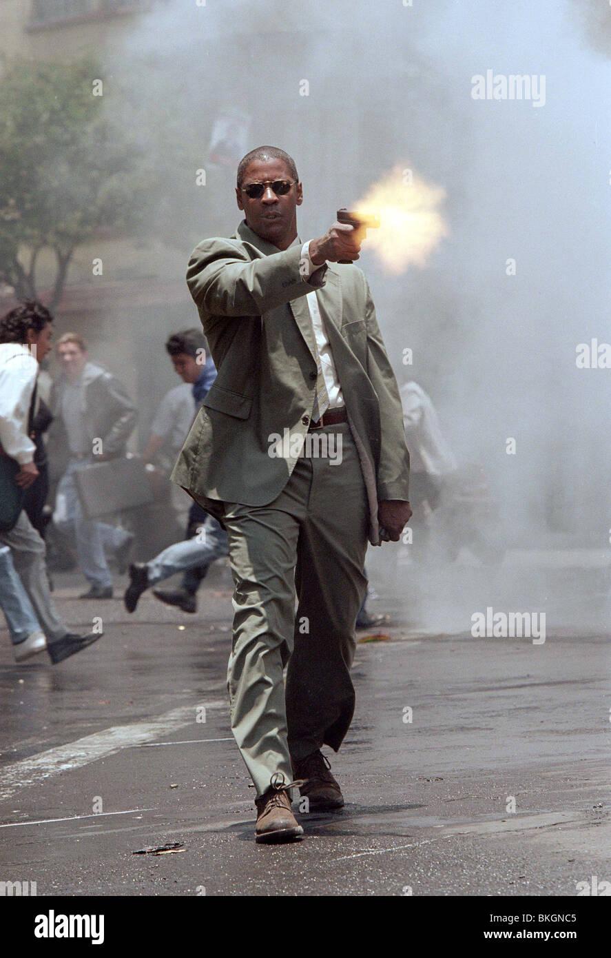 MAN ON FIRE (2004) DENZEL WASHINGTON MNOF 001-20 - Stock Image