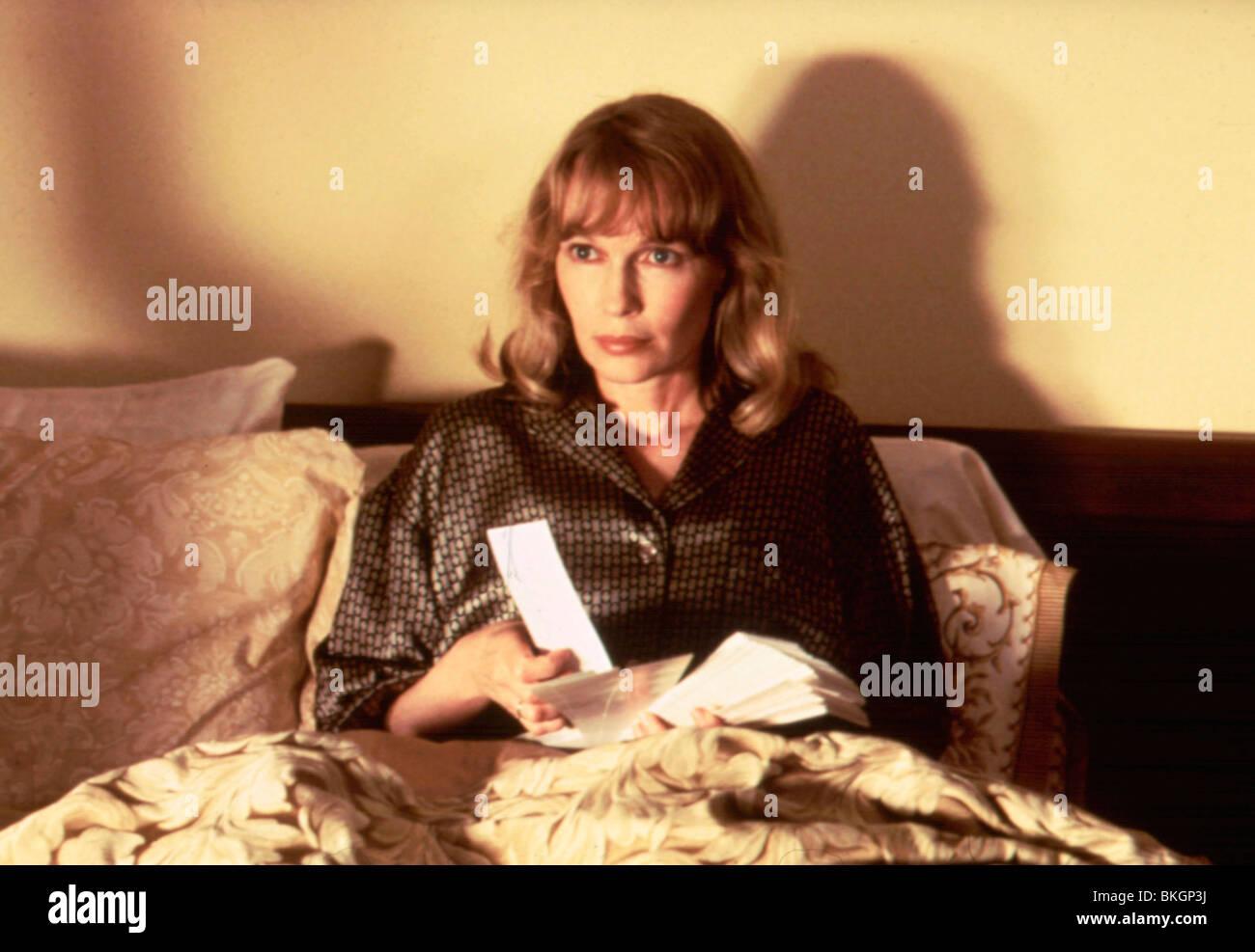 MIAMI RHAPSODY -1995 MIA FARROW - Stock Image